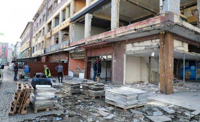 Rize'nin Silueti Yöresel Mimariye Uygun Binalarla Değişecek