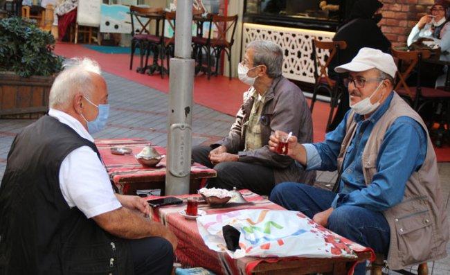 Rize'de 'Çay Sohbetleri' Yasaklandı