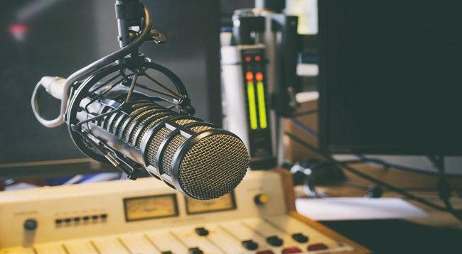Radyo Yayınlarını Dinleyenlerin Yüzde 60'ının Radyosu Yok