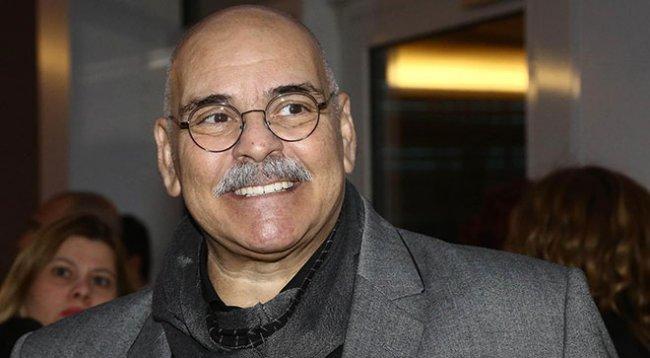 Usta oyuncu Rasim Öztekin, tedavi gördüğü hastanede hayatını kaybetti.