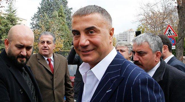 Firari olarak aranan Sedat Peker hakkında tutuklama kararı çıkarıldı