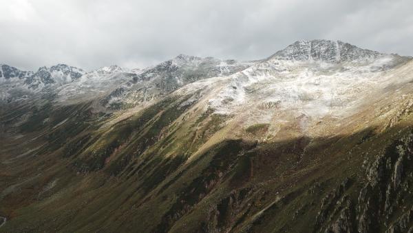 Kaçkar Dağı zirvesi, bembeyaz oldu