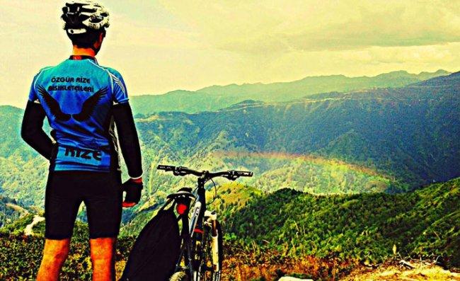 Rize'de Dağ Bisikleti Sporu