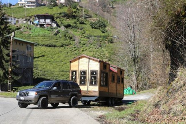 Yürüyen (mobil) yayla evleri üretiyor